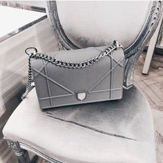 You love bags? Then you'll love Germany's Accessoires-Trend Store Incredible offers + free worldwide shipping! You love bags? Then you'll love Germany's Accessoires-Trend Store Incredible offers + free worldwide shipping! Hermes Handbags, Fashion Handbags, Purses And Handbags, Fashion Bags, Designer Handbags, Mens Fashion, Designer Bags, Valentino Handbags, Burberry Handbags