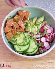Poke bowl saumon avocat pour 1 personne - Recettes Elle à Table