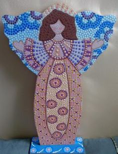 puntillismo Dot Art Painting, Mandala Painting, Mandala Art, Circle Template, Religious Paintings, Angel Crafts, Pintura Country, Aboriginal Art, Mosaic Art