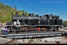 RailPictures.Net Photo: CP 0186 Caminhos de Ferro Portugueses Henschel & Son at Tua, Portugal by J.C.POMBO