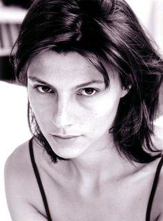 Cécile Ducrocq- Fiche Artiste  - Artiste interprète - AgencesArtistiques.com : la plateforme des agences artistiques