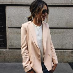 """""""Keepin' it neutral in our new Riley @shop_sincerelyjules blazer  
