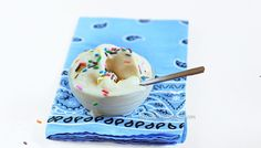 homemade fro yo  2 ingredients... easy and quick