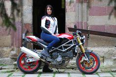 Shox Victoria motoros női bőrzseki fehér fekete piros motorosbarát áron b96561ed7b