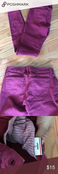 Tommy Hilfiger Maroon Jegging Worn maybe once Tommy Hilfiger Maroon jegging. In perfect condition fits like a skinny jean Tommy Hilfiger Jeans Skinny