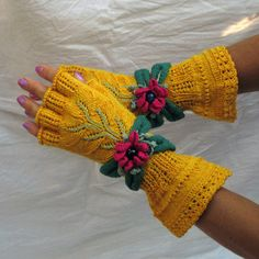 Yellow Floral Embroided Fingerless Gloves by domklary on Etsy