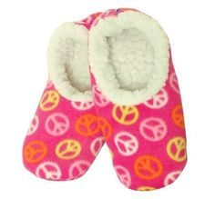 Snoozies Women's Pink Peace Footies Snoozies. $12.99