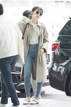 Eunji Apink, Eun Ji, Crazy Girls, Kpop Girls, Coat, Jackets, Fashion, Down Jackets, Moda