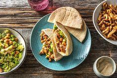 Pita's met kruidige kip en salade