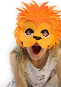DIY How to make a lion mask for kids. In this tutorial we will teach you how to make a beautiful lion mask for kids. Animal Masks For Kids, Animals For Kids, Mask For Kids, Masks Kids, Sewing Projects For Kids, Sewing For Kids, Diy For Kids, Free Sewing, Sewing Ideas