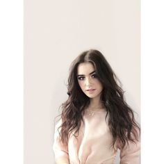 Lily Collins ❤ liked on Polyvore featuring lily collins, lily, people and pictures // faceclaim