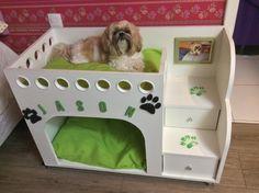 Lindas casas para pet Dog Bunk Beds, Cute Dog Beds, Dog Beds For Small Dogs, Pet Beds, Cute Dogs, Diy Cat Bed, Cat House Diy, Puppy Nursery, Elevated Dog Bed