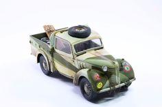 "Light Utility car ""Austin Tilly"" Hidden Gun, Truck Scales, Model Tanks, North Africa, Scale Models, Military Vehicles, Transportation, Corgi, Desert Ideas"