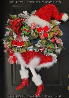 Santa Diva Wreath 2011 Version-Petals & Plumes-Hat n' Boots Collection 2011©