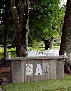 40 Cozy Pallet Wedding Decor Ideas | HappyWedd.com