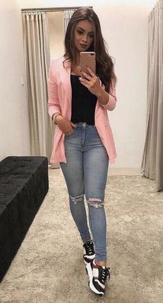 Outfit Casual - Source by - Blazer Outfits Casual, Komplette Outfits, Outfit Jeans, Cute Casual Outfits, Pretty Outfits, Stylish Outfits, Winter Fashion Outfits, Look Fashion, Look Blazer