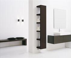 Radiador toallero y estantería
