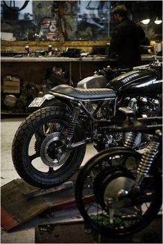 #garage #motorcycles #motos | caferacerpasion.com
