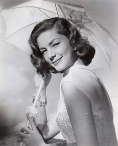 How To Marry A Millionaire Lauren Bacall Tm And Copyright © Century Fox Film Corp. All Rights Reserved. Photo Print x Golden Age Of Hollywood, Classic Hollywood, Old Hollywood, Hollywood Icons, Hollywood Glamour, Lauren Bacall, Divas, Susannah York, Marie Prevost