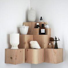 Fundamental Berlin Corner shelf - Hoeked