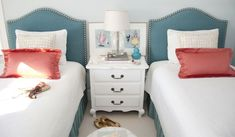 Image of: Upholstered headboards for twin beds