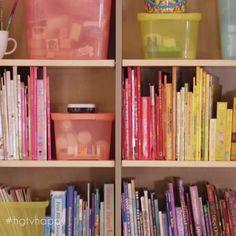 Color coordinating your closet closets & organization декор комнаты, ме Office Organization At Work, Small Space Organization, Household Organization, Craft Organization, Craft Storage, Closet Organization, Closet Storage, Hidden Storage, Storage Bins