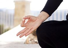 Yoga mudras are basically hand gestures that have means. To know the benefits of these yoga mudras, read on. Tongue Problems, Gyan Mudra, Hand Mudras, Burn Out, Yoga Posen, Basic Yoga, Health Promotion, Health And Fitness Tips, Health Tips
