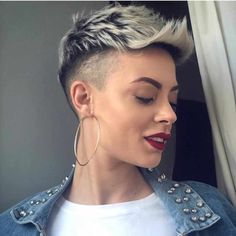 50 Best Pixie And Bob Cut Hairstyle Ideas 2019 - short-hairstyles - Rihanna, Stacked Bob Hairstyles, Cut Hairstyles, Chin Length Bob, Mohawk, Bob Styles, Pixie Haircut, Hairstyle Ideas, Men's Hairstyle