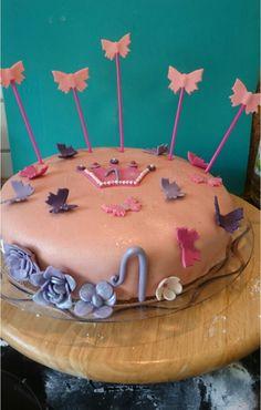 Fondant Torte zum ersten Geburtstag