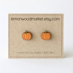 I never met a pumpkin I didnt like.  These Halloween pumpkin earring studs measure about 1/2 tall and are mounted on hypoallergenic stainless