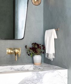 Shoppe Amber Interiors (@shoppeamberinteriors) • Instagram photos and videos Bathroom Design Layout, Modern Bathroom Design, Modern Marble Bathroom, Mold In Bathroom, Small Bathroom, Bathrooms, Master Bathroom, Unique Bathroom Sinks, Downstairs Cloakroom