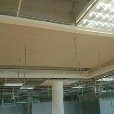 Cajeado y refuerzo de techo para montaje de luminaria...