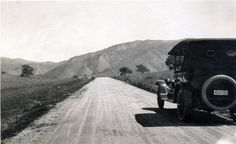 The future Route 101 highway heading north from what is now Lost Hills toward Las Virgenes (Malibu Canyon) and the Conejo Valley on what was then the El Camino Real from Los Angeles to Santa Barbara (1918)