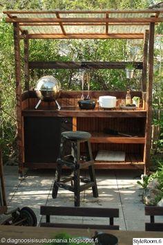 Terrasse Pergola Patio, Patio Table, Backyard Landscaping, Outdoor Cooking Area, Outdoor Kitchen Design, Outdoor Rooms, Outdoor Dining, Kitchen Grill, Budget Patio