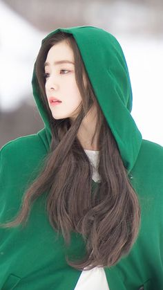 Exo Red Velvet, Red Velvet Irene, Velvet Wallpaper, Seulgi, Redvelvet Kpop, Korean Celebrities, Face Shapes, Kpop Girls, Asian Woman