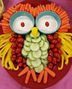 Good vegetable tray for a Halloween party Owl Veggie rezepte snacks 9 Stuffed-Avocado Recipes For Almost Every Meal of the Day