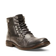 I need these. Whoa. GASPAR BLACK LEATHER men's boot casual gore/zip - Steve Madden