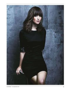 trendy hair styles for medium length hair with fringe rose byrne Half Moon Bangs, Full Bangs, Rose Byrne Hair, Clavicut, Great Hair, Awesome Hair, Mode Inspiration, Character Inspiration, Hair Today