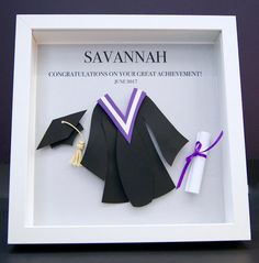 Personalized Graduation Gift Custom Frame with Paper Convocation Gown and Cap with Ribboned Diploma Custom Paper Wall Art Personalisierter Abschluss-Geschenk-kundenspezifischer Rahmen mit Papier Personalized Graduation Gifts, Kindergarten Graduation, Personalized Wall Art, Grad Gifts, Graduation Cards, Diy Gifts, Graduation Ideas, Jack Und Sally, Paper Wall Art