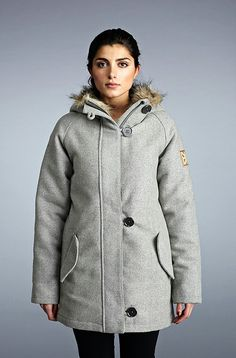 Beat the winter conditions with a warm parka jacket by Finnish Makia. This grey jacket is one that will keep you both stylish and warm.