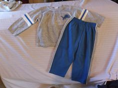boys outfits sweat pants and shirt size 4(Detroit Lions)All seasons and everyday #Unbranded #Everyday