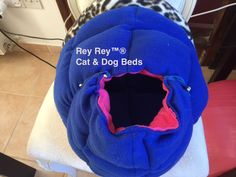 Playhouse/Bed for your smallest pet Playhouse Bed, Dog Beds, Play Houses, Baby Car Seats, Sewing Patterns, Children, Cats, Young Children, Boys