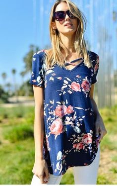 The most wanted print this spring in a chic new style! This super-soft navy tee has a beautiful floral print and strappy neckline on the front and back. Boutique Clothing, Fashion Boutique, Criss Cross Top, Floral Tops, My Style, Tees, Navy, Clothes, Neckline