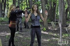 """Nikita """"Partners"""" Pictured: L-R): Katheryn Winnick as Kelly and  Lyndsy Fonseca as Alex. Photo Credit: Sven Frenzel/The CW ©2011 The CW Network, LLC. All Rights Reserved"""