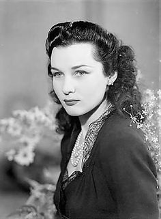 Princess Fawziya of egypt Fawzia Fuad Of Egypt, Persian Princess, Pahlavi Dynasty, Egyptian Beauty, Egyptian Kings, Royal Monarchy, Princess Hairstyles, Art And Architecture, Vintage Images