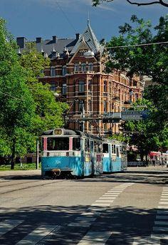Tram #2 in Vasastan, Gothenburg.