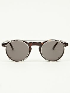 ray ban sunglasses 2016 for men! must be remember it ! Illesteva Sunglasses, Sunglasses 2016, Ray Ban Sunglasses Sale, Clip On Sunglasses, Sunglasses Outlet, Cheap Sunglasses, Sunglasses Online, Sunglasses Women, Mirrored Sunglasses
