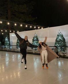 Kendalll Jenner, Kardashian Jenner, Kourtney Kardashian, Estilo Jenner, Bff Pictures, Best Friend Pictures, Teenage Dream, Best Friend Goals, Winter Wonderland