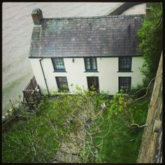 ABI Holiday Homes. Dylan Thomas boat house in laugharne.