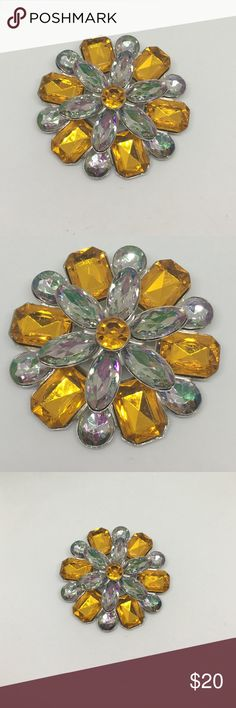 """90s Vintage Large Orange Rhinestone Brooch A 2.5"""" in diameter pin with Orange and Aurora Clear acrylic rhinestones. In excellent condition, no signs of wear. A gorgeous Autumn statement pin! Vintage Jewelry Brooches"""